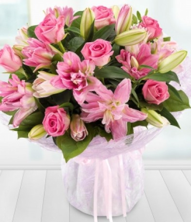 Lavish Rose And Lily