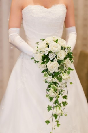 White Rose Bridal Trailing